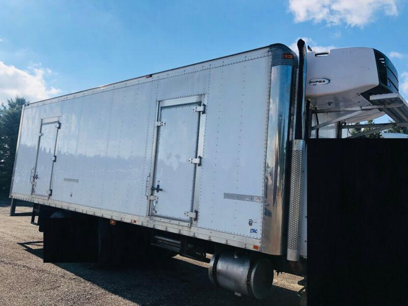 2014 MORGAN 28'FT ICE CREAM REEFER VAN BODY, CARRIER WITH 6541HR