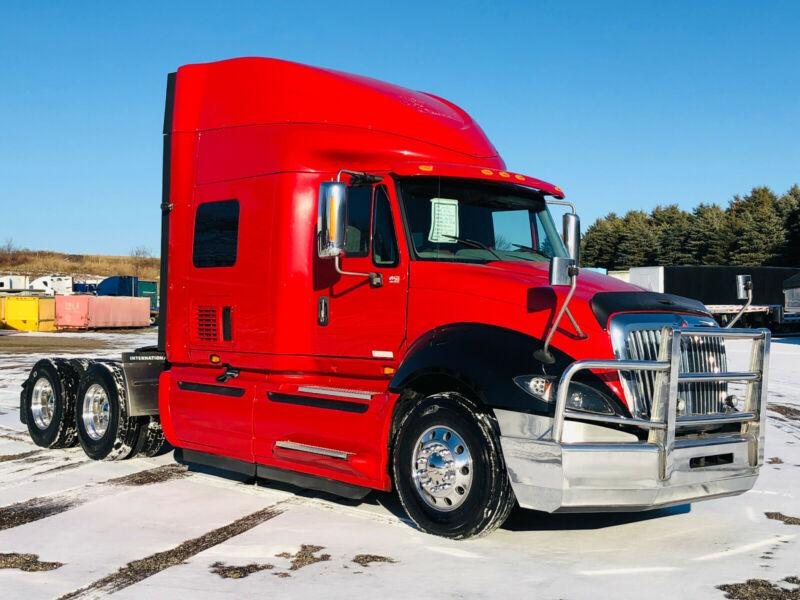 2016 INTERNATIONAL PROSTAR, AUTOMATIC, LOW KM & SUPER CLEAN