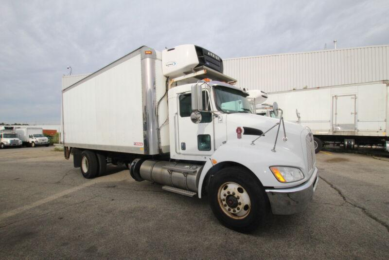 2014 Kenworth T370 20FT  AUTO HYDRAULIC REEFER WITH LIFTGATE