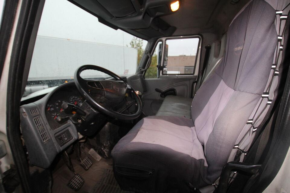 2003 International 4300 26 foot  Flat Bed SOLD AS IS!