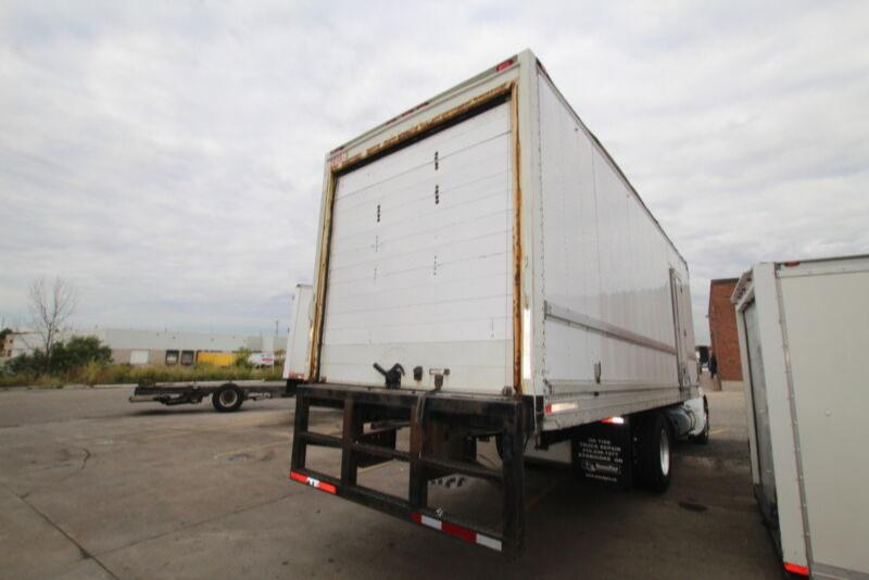 2004 Commercial Babcock 24FT REEFER #UB1167 ( BOX ONLY FOR SALE)