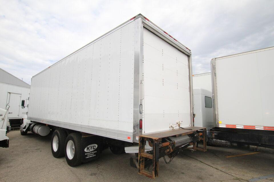 2014 Supreme 30 FT  W TAILGATE #UB3390 ( BOX ,REEFER &  TGATE