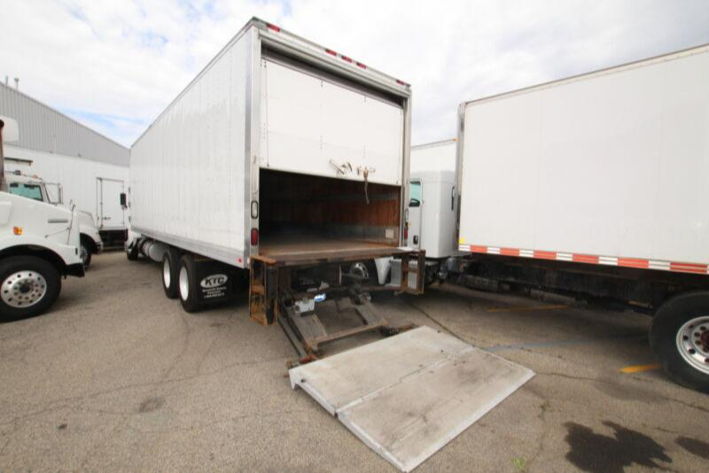 2014 Supreme 30 FT  W TAILGATE #UB3390 ( BOX , TGATE  ONLY FOR