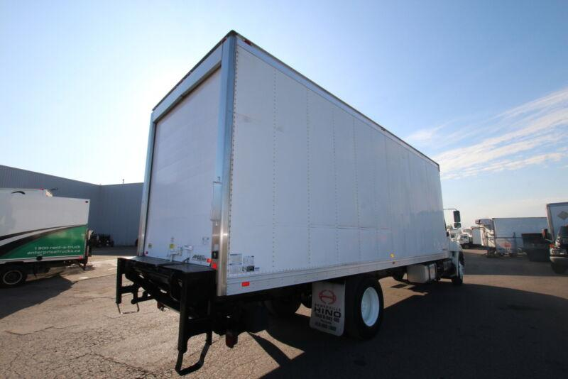 2012 Multivans 24FT Reefer W/TGATE 2500lb  #UB3369 (BODY ONLY FO