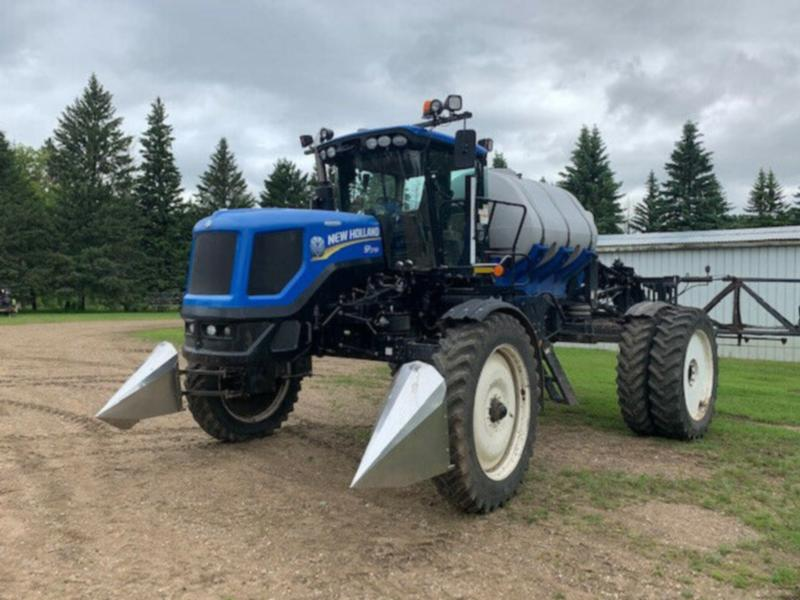 2012 New Holland SP.275R Sprayer