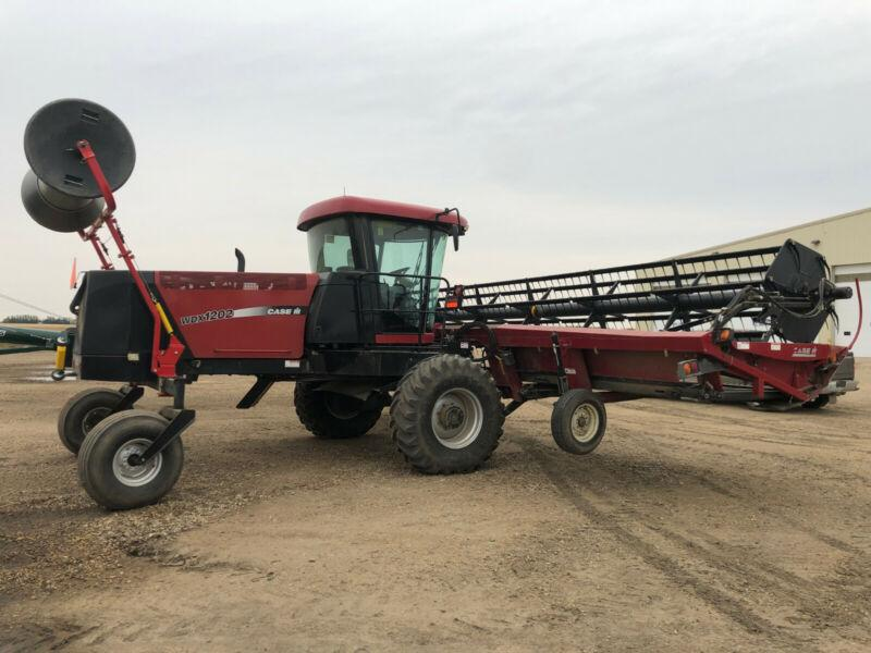 2006 Case IH WDX1202 Windrower