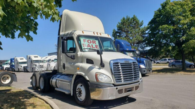 2013 Freighliner Daycab Priced to Sell