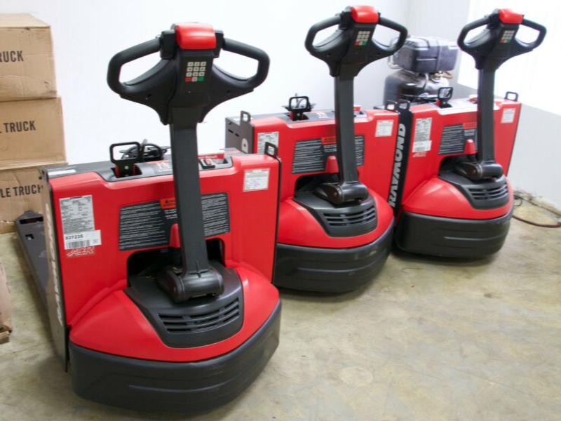 Brand-New Raymond 8210 Electric Pallet jack (Walk-Behind)