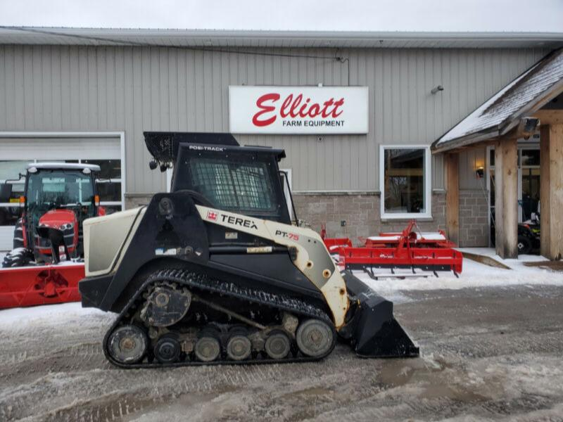 2015 TEREX PT75 LOW HOURS TRACK LOADER 1,300$/m low hours