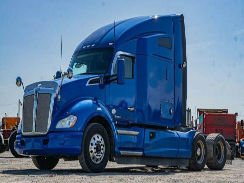 2016 KENWORTH T680 HIGHWAY / SLEEPER TRUCK ** REPO **