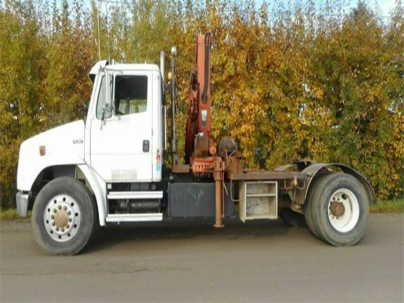 1995 FREIGHTLINER FL80 SINGLE AXLE BOOM TRUCK