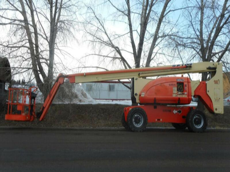 2010 JLG 800AJ 4x4 Articulated Boom Lift