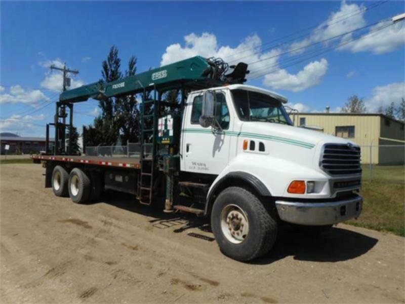 1998 STERLING LT9513 TANDEM AXLE WITH FASSI F300SE BOOM TRUCK