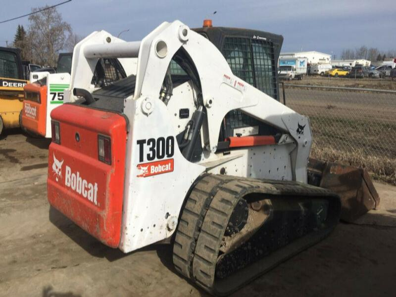 2010 Bobcat T300 Skid Steer