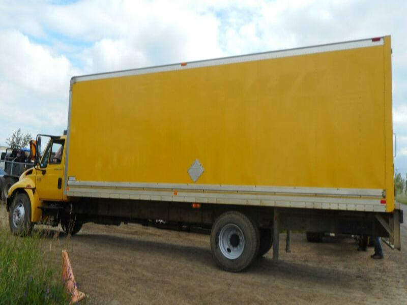 2007 IHC 4200 SINGLE AXLE VAN TRUCK