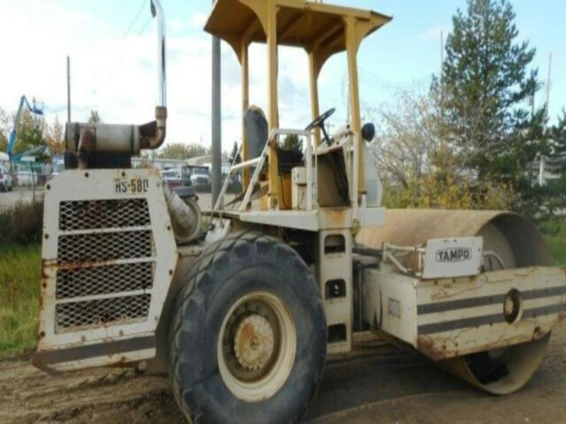 1984 Tampo RS58D Smooth Drum Vibratory Roller