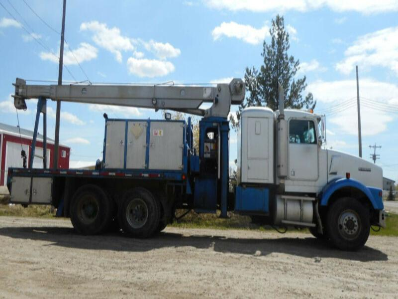 1994 Kenworth T800B Tandem Axle with RO 110-45 Picker