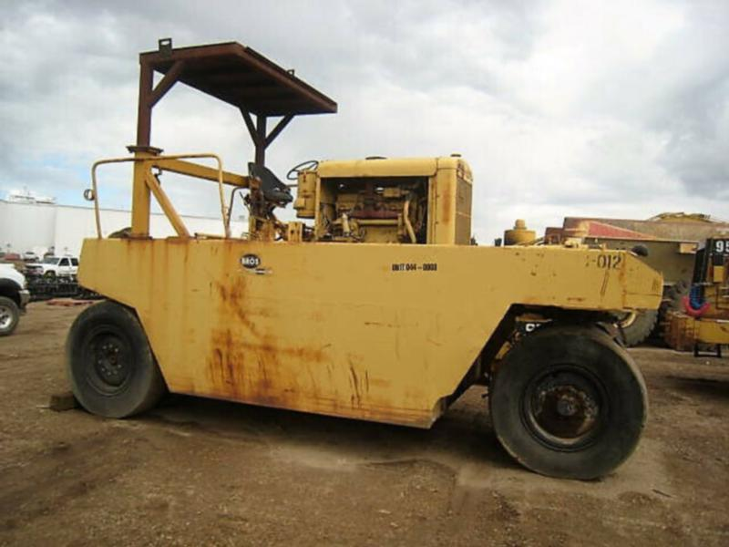 GALION TANDEM VIBRATORY ROLLER