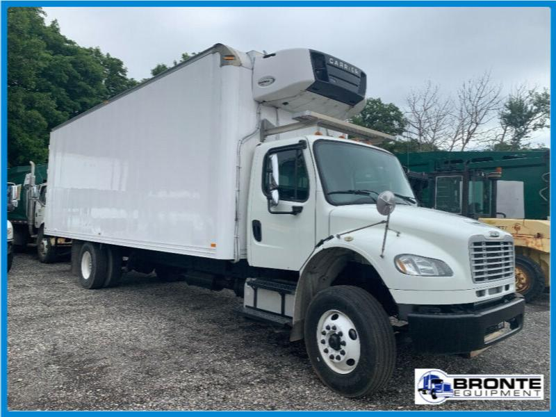 2013 Freightliner M2106 S/A Reefer Truck