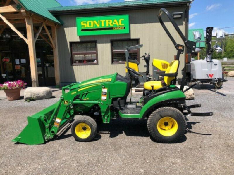 NEW 2017 JOHN DEERE 1025R – WITH LOADER – 6 YEAR WARRANTY – NEW