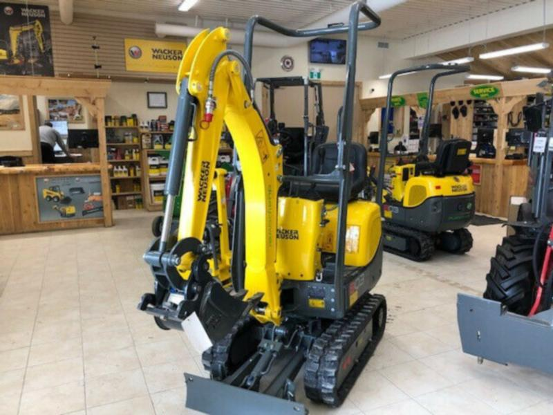 NEW WACKER NEUSON 803 EXCAVATOR – DUAL POWER UNIT –* DEMO UNIT*