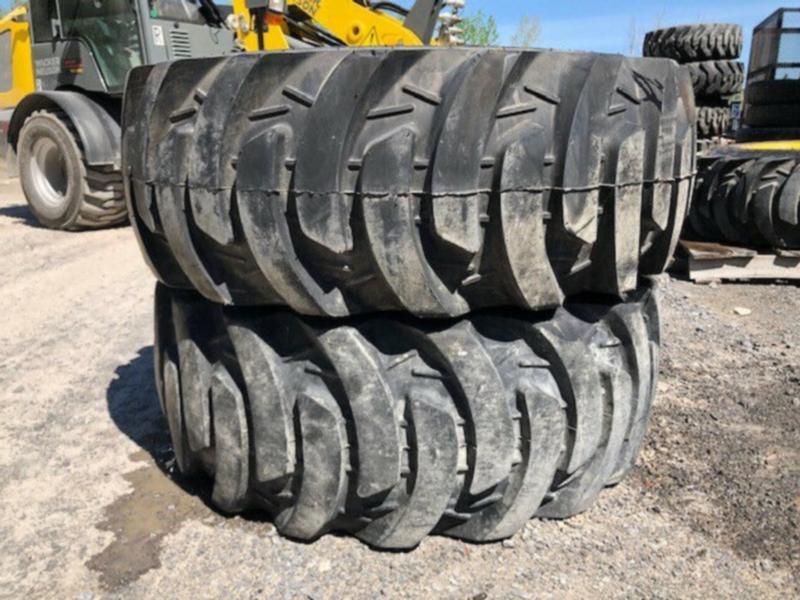 JOHN DEERE REAR TIRES - 43X16.00-20  - R4 -  FITS ON 3 SERIES TR