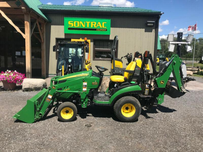 2015 JOHN DEERE 1025R TLB VERY CLEAN