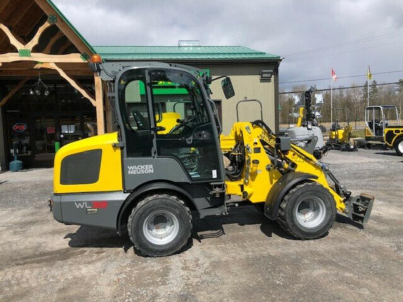 2017 WACKER NEUSON WL32 HIGH FLOW UNIT