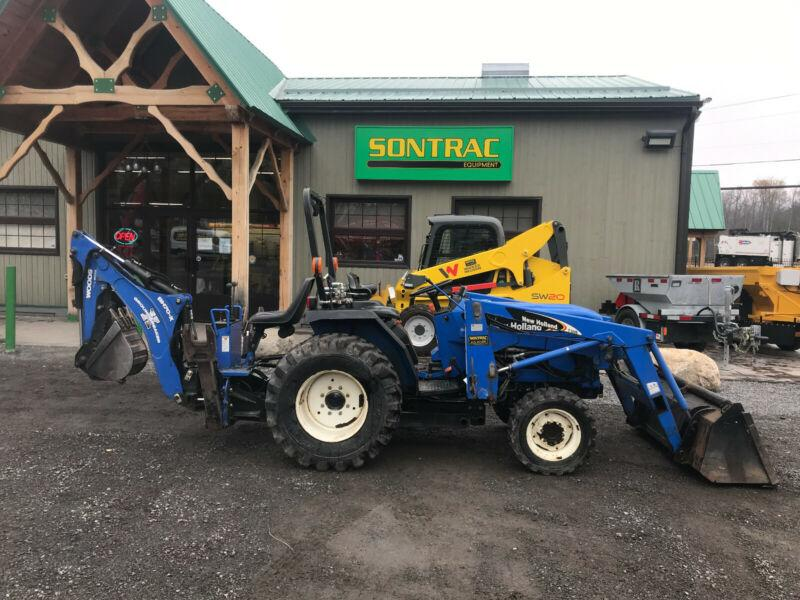 2007 NEW HOLLAND TC30 WITH LOADER AND BACKHOE