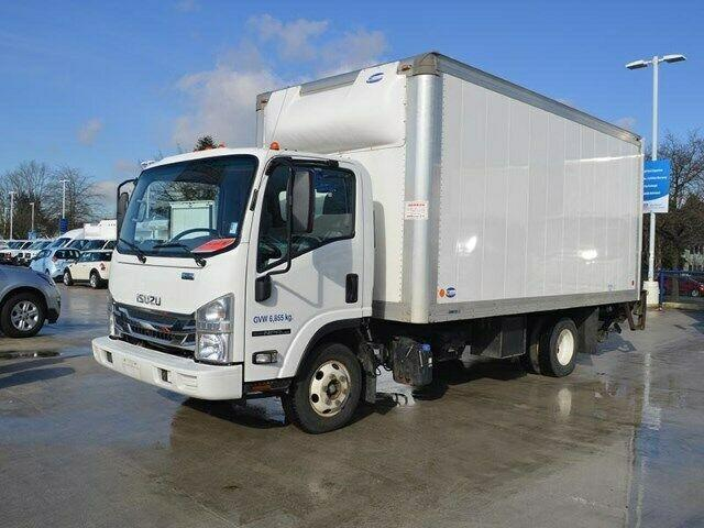 2016 Isuzu NPR HD 16FT Minoru box WITH GATE