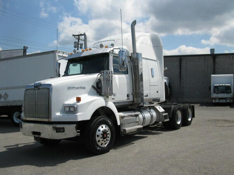 2014 Western Star 4900 T/A Sleeper