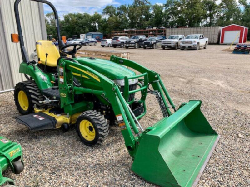 John Deere 2305 Subcompact Tractor with Front Loader/Mower