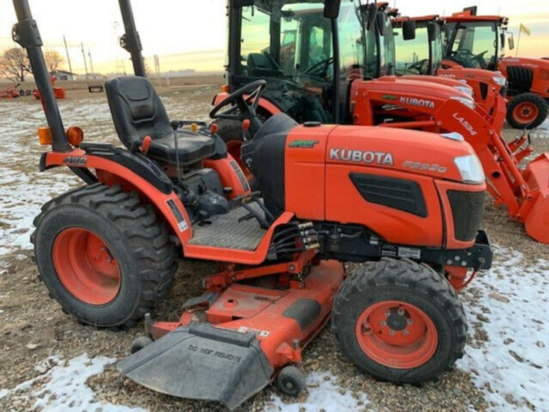 "Kubota B2920 Tractor with 60"" Drive Over Mower Deck"