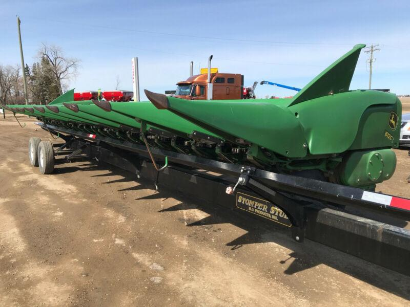 John Deere 612C Chopping Corn Header