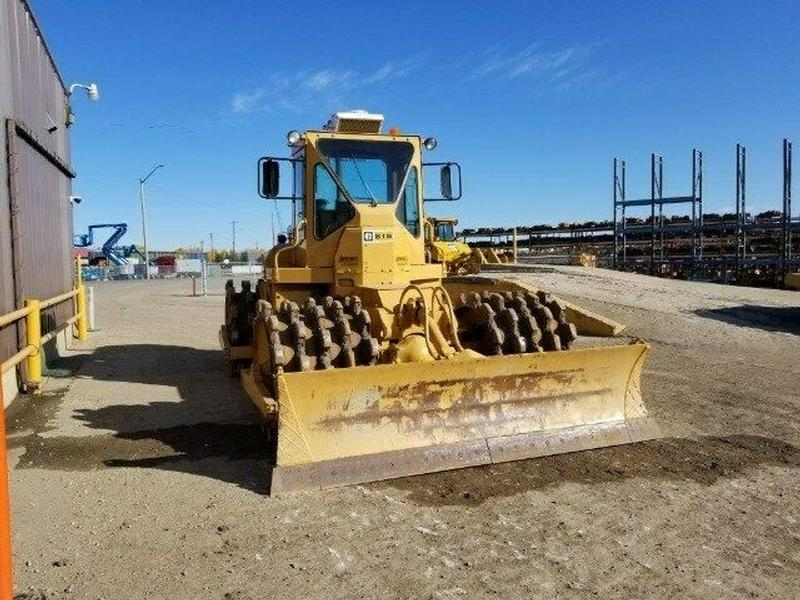 Caterpillar 815 Soil Compactor