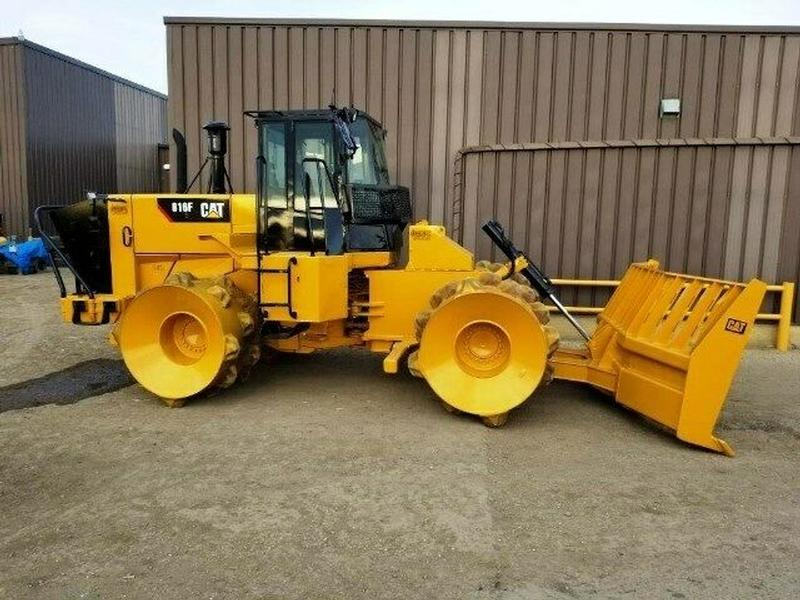 2002 Caterpillar 816F Trash Compactor