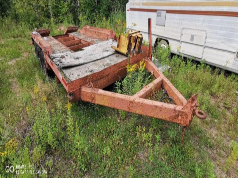 1990 Custom Built Tri Axle Equipment Trailer