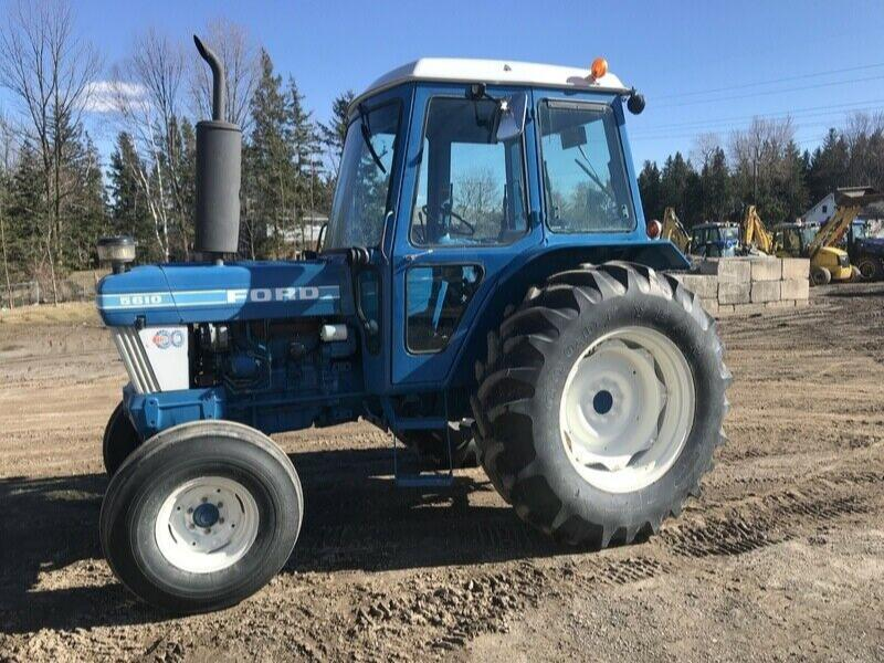 1985 Ford 5610 Tractor with Cab