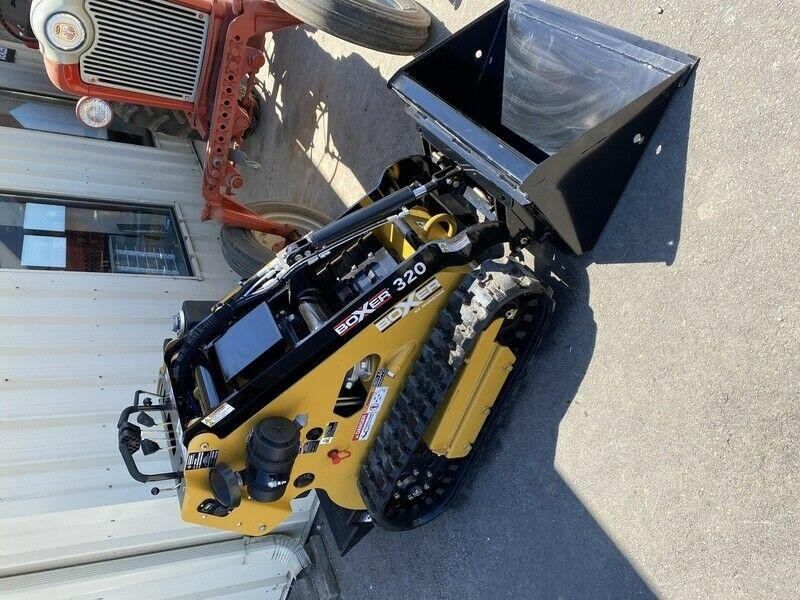 Boxer 320 mini skid steer